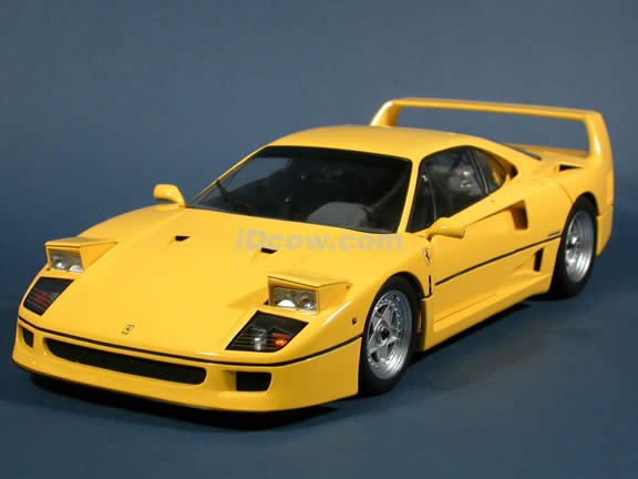 1989 Ferrari F40 diecast model car 1:12 scale die cast by Kyosho - Yellow