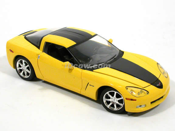 2008 Chevrolet Corvette ZHZ diecast model car 1:24 scale die cast by Greenlight - Yellow 50209