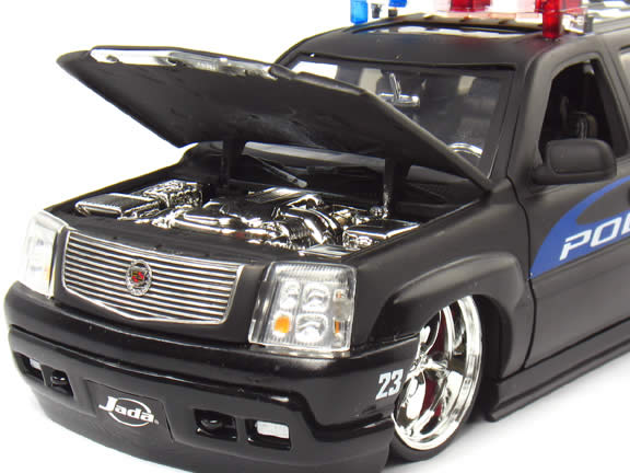 2002 Cadillac Escalade diecast model car 1:24 scale Bomb Squad by Jada Toys - Bomb Squad 5631