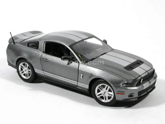 2010 Ford Shelby GT500 Mustang diecast model car 1:24 scale die cast by Shelby Collectibles - Grey