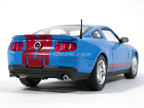 2010 Ford Shelby GT500 Mustang diecast model car 1:24 scale die cast by Shelby Collectibles - Blue