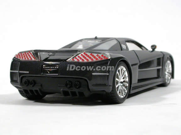 2005 Chrysler ME FOUR TWELVE Concept diecast model car 1:24 scale die cast by Maisto - Gloss Platinum