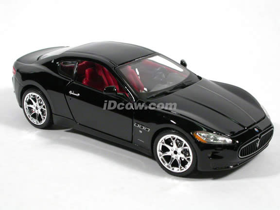 2008 Maserati Gran Turismo diecast model car 1:24 scale die cast by Bburago - Black