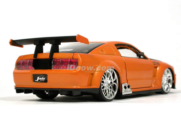 2005 Ford Mustang GT-R Concept diecast model car 1:24 scale die cast by Jada Toys - Metallic Orange