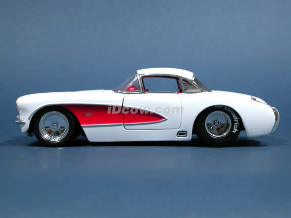 1957 Chevy Corvette diecast model car 1:24 scale die cast by Jada Toys - White 90934