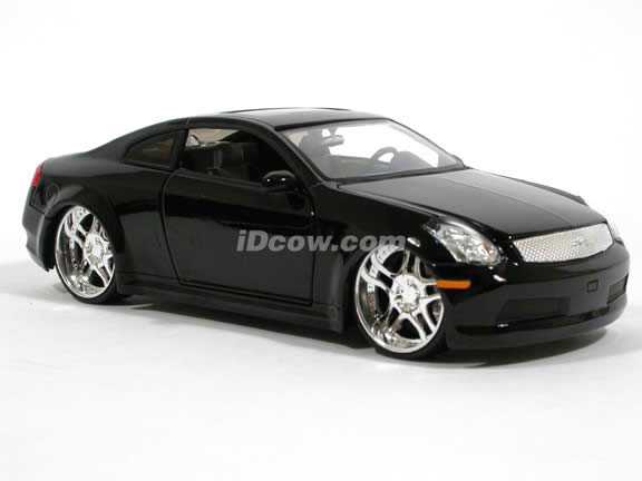 2005 Infiniti G35 diecast model car 1:24 scale die cast by Jada Toys - Black 53007