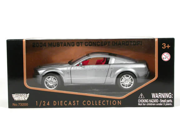 2005 Ford Mustang GT Concept diecast model car 1:24 scale die cast by Motor Max - Silver