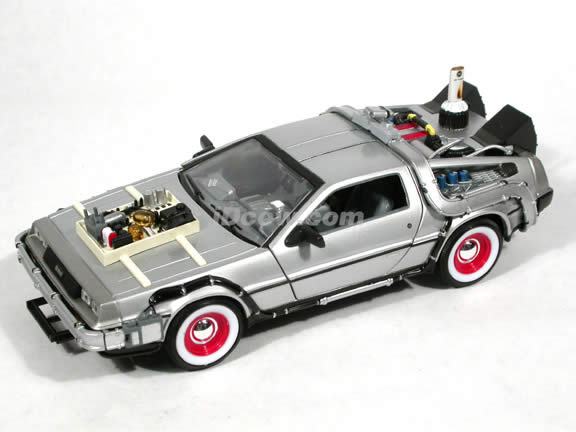 Back to the Future III diecast model car 1:24 scale die cast by Welly