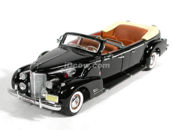 1938 Cadillac V-16 Presidential Limo diecast model car 1:24 scale die cast by Yat Ming