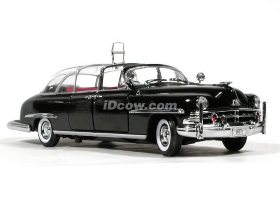 1950 Lincoln Cosmopolitan Bubble Top Presidential Limousine diecast model car 1:24 scale die cast by Yat Ming