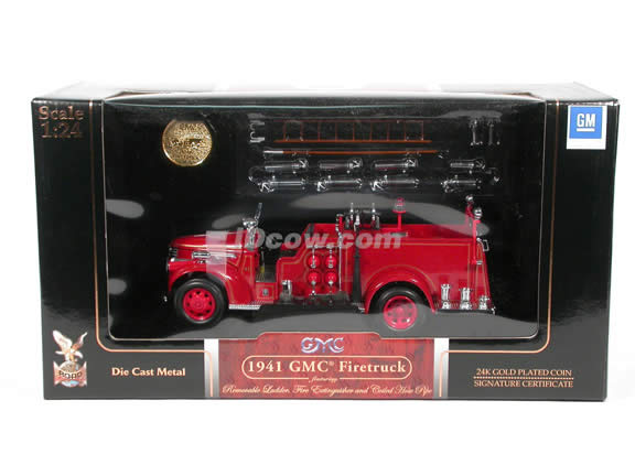 1941 GMC Firetruck diecast model truck 1:24 scale die cast by Signature Yat Ming