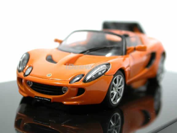 2004 Lotus Elise 111r Cast Model Car 1 43 Scale From Autoart Chrome Orange 55331