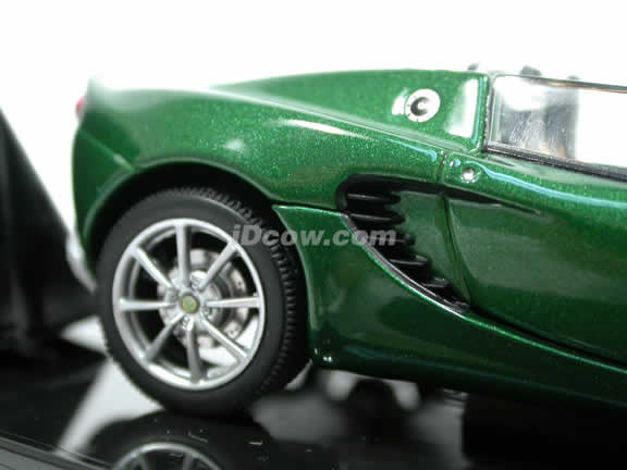 2004 Lotus Elise 111S diecast model car 1:43 scale die cast from AUTOart - Racing Green 55342
