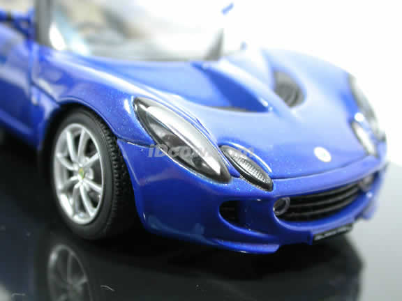 2004 Lotus Elise 111R diecast model car 1:43 scale die cast from AUTOart - Magnetic Blue 55332