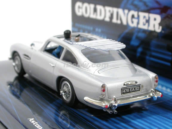 1965 Aston Martin DB5 diecast model car 1:43 scale 007 James Bond Gold Finger by Minichamps