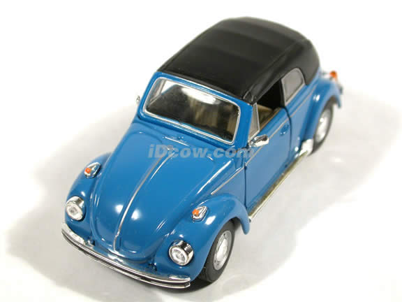 1970 Volkswagen Beetle Cabriolet diecast model car 1:43 scale die cast by Hongwell - Blue