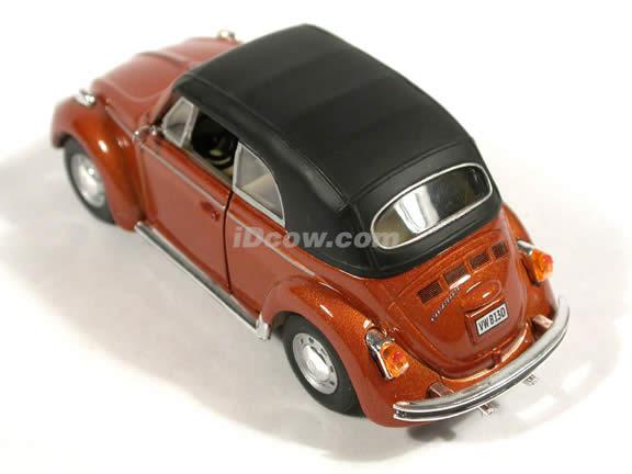 1970 Volkswagen Beetle Cabriolet diecast model car 1:43 scale die cast by Hongwell - Brown Metallic