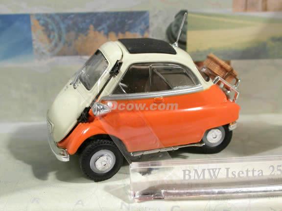 1958 BMW Isetta 250 diecast model car 1:43 scale die cast by Hongwell Cararama - Orange