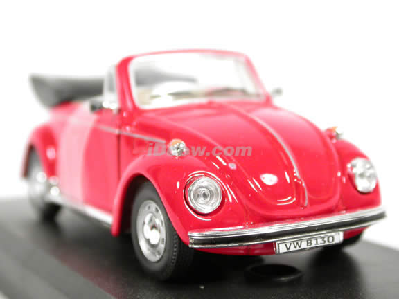 1970 Volkswagen Beetle Cabriolet diecast model car 1:43 scale die cast by Hongwell Cararama - Red