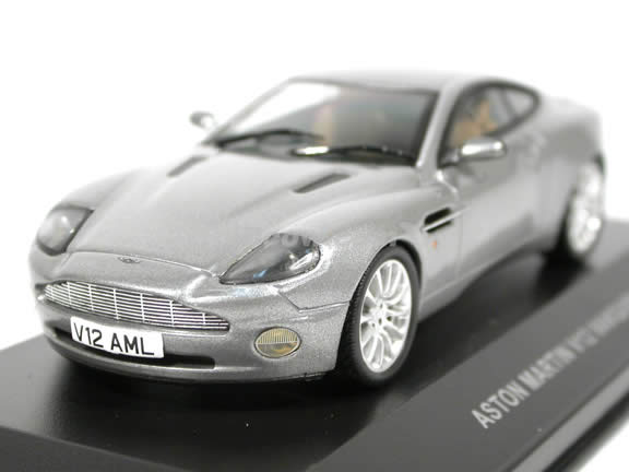 2002 Aston Martin Vanquish V12 diecast model car 1:43 scale die cast by ixo - Silver