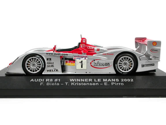 2002 Audi R8 #1 Le Mans Winner diecast model car 1:43 scale die cast by ixo