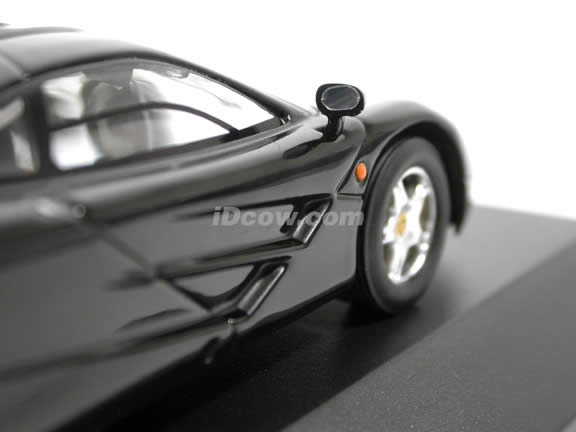 1996 McLaren F1 GTR diecast model car 1:43 scale die cast by ixo - Black MOC064