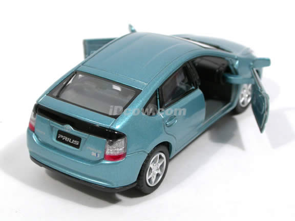 2006 Toyota Prius diecast model car 1:34 scale by Kinsmart - Metallic Blue