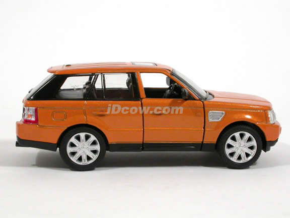 2006 Land Rover Range Rover Sport diecast model Car 1:32 scale die cast by Kinsmart - Orange