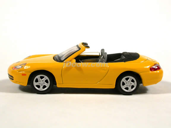 2000 Porsche 911 Cabriolet diecast model car 1:72 scale die cast by Hongwell - Yellow