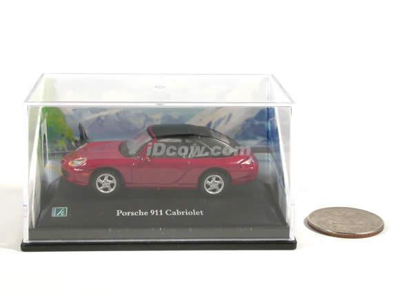 2000 Porsche 911 Cabriolet diecast model car 1:72 scale die cast by Hongwell - Dark Red