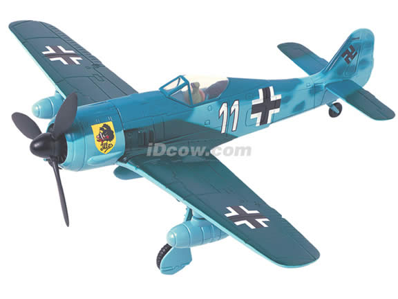 WWII Focke Wulf FW 190G-3 diecast airplane model 1:48 scale die cast from Yat Ming - Blue