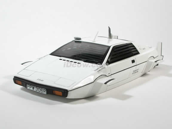 1976 Lotus Esprit Type 79 Submarine - James Bond 007