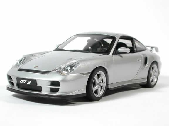 2002 Porsche 911 GT2 diecast model car 1:18 scale by AUTOart - Silver