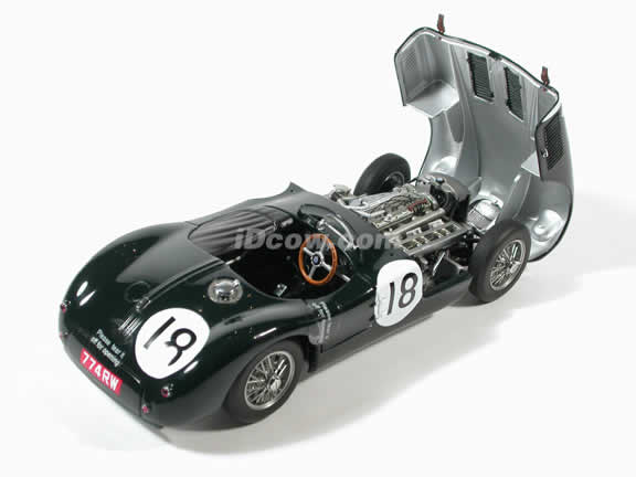 1953 Jaguar C Type diecast model car 1:18 scale by AUTOart