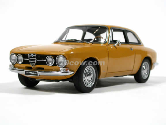 1967 Alfa Romeo 1750 GTV diecast model car 1:18 scale by AUTOart  - Giallo Ocra (LHD)