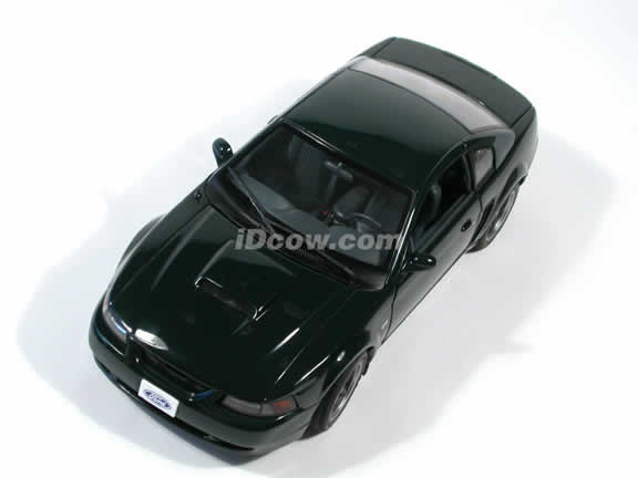 2001 Ford Mustang GT Bullitt diecast model car 1:18 scale by AUTOart - Dark Green