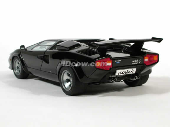 1985 Lamborghini Countach diecast model car 1:18 scale 5000 S by AUTOart - Black