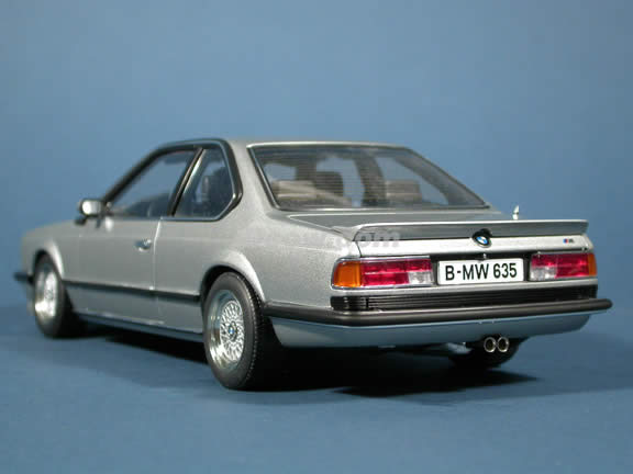 BMW M 635 CSI diecast model car 1:18 scale die cast by AUTOart - Silver