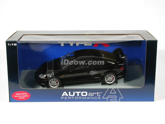 2002 Honda Integra Type R (Acura RSX) diecast model car 1:18 scale die cast by AUTOart - Black (Japanese version)