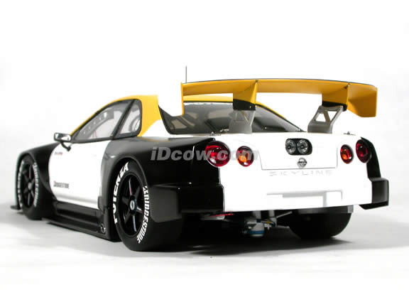 2001 Nissan Skyline R34 GTR JGTC Test Car diecast model car 1:18 scale die cast by AUTOart