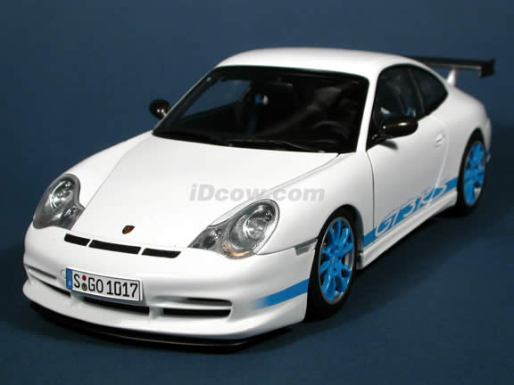 2004 Porsche 911 GT3 RS diecast model car 1:18 scale die cast by AUTOart - White with Blue Stripe