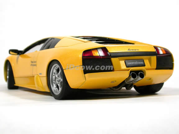 2002 Lamborghini Murcielago diecast model car 1:18 scale die cast by AUTOart - Yellow