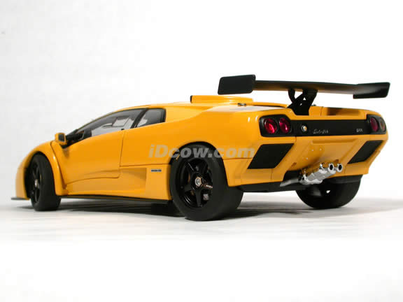 2000 Lamborghini Diablo GTR diecast model car 1:18 scale die cast by AUTOart - Yellow