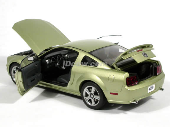 2005 Ford Mustang GT diecast model car 1:18 scale die cast by AUTOart - Legend Lime Limited 1 of 3000