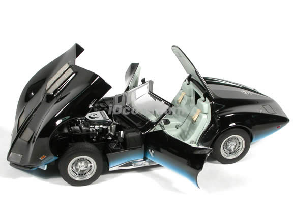 1968 Chevrolet Corvette Manta Ray diecast model car 1:18 scale concept by AUTOart