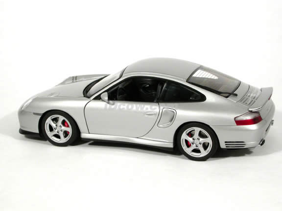 2002 Porsche 911 Turbo diecast model car 1:18 scale die cast by AUTOart - Silver