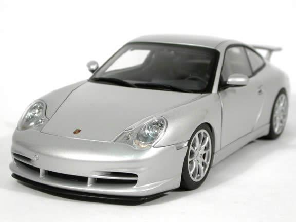 2003 Porsche 911 (996) GT3 diecast model car 1:18 scale die cast by AUTOart - Silver