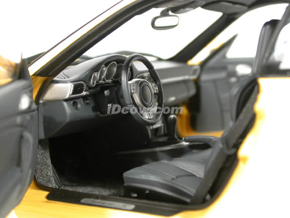 2005 Porsche 911 Carrera S diecast model car 1:18 scale Type 997 by AUTOart - Yellow