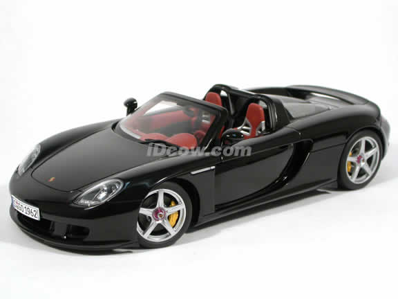 2005 Porsche Carrera GT diecast model car 1:18 scale die cast by AUTOart - Black