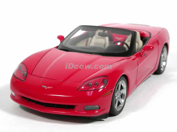 2005 Chevrolet Corvette diecast model car 1:18 scale C6 convertible by AUTOart - Red Convertible
